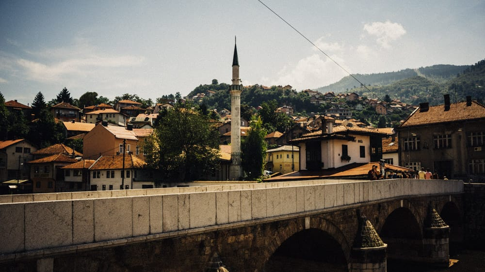 097-sarajevo-on-the-road
